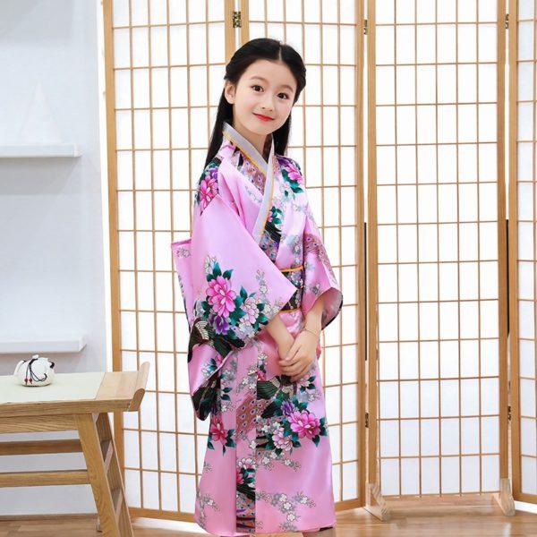 kimono-yukata-tre-em-013