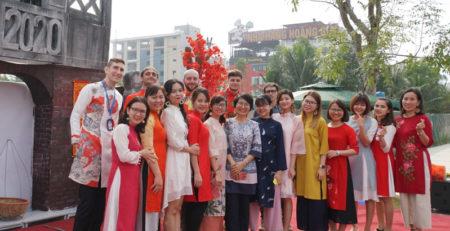 Trang phục truyền thống Việt Nam